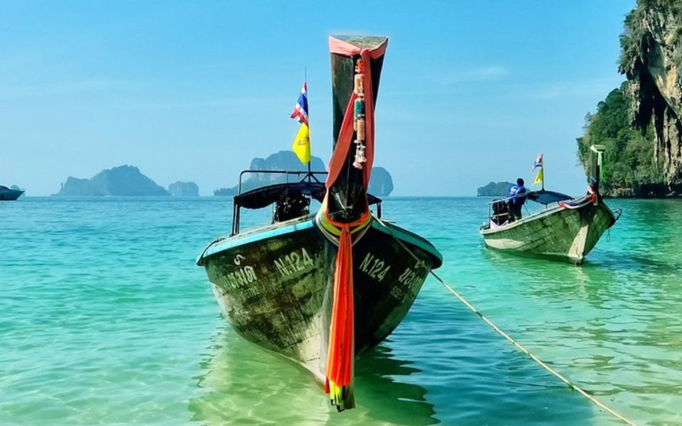 <h2>Travel <span>in</span> Thailand</h2>